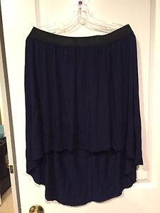 Navy high-lo skirt (Large)
