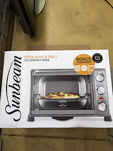 Sunbeam electric oven. Camping oven, caravan oven. Bulimba Brisbane South East Preview