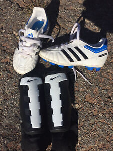 Kids soccer cleats and guards