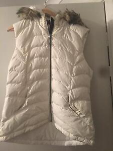 Mountain design Goose Down vest Figtree Wollongong Area Preview