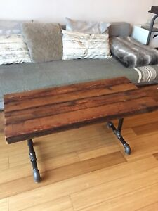 AUTHENTIC VINTAGE RECLAIMED WOOD COFFEE TABLE INDUSTRIAL PIPE