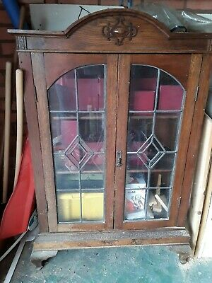 Vintage antique china display cabinet without key
