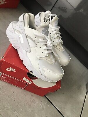 Nike Air Huarache Run 634835-108 Woman's White Trainers Size UK 5 New In Box