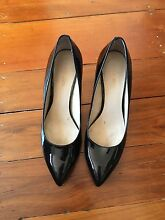 Shows 7M Nine West patent black heels Cremorne Point North Sydney Area Preview