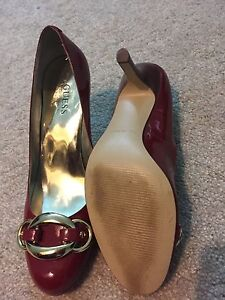 Guess red patent leather almond toe heels London Ontario image 2