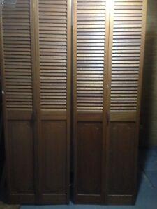 Ribbon Mahogany Bifold Doors