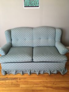 Vintage Love Seat good condition!