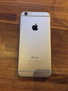 4 month old black iPhone 6 . Space grey back