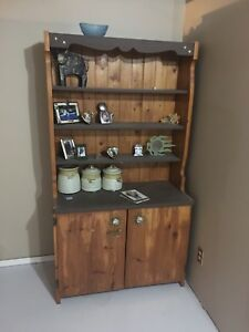 Pine Hutch / book self/ or what ever !
