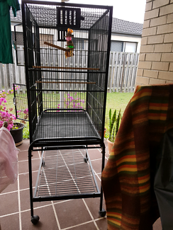 Bird cage slightly used brand new  $200 sell for  $75 Text me 040