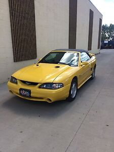1994 Ford Mustang convertible 5.0