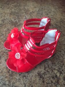 Beautiful Brand New Red Shoes Girls Size: 7 $30