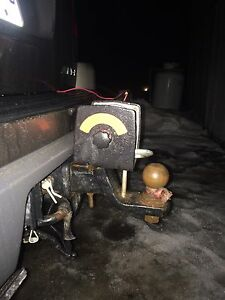 Winch on trailer hitch