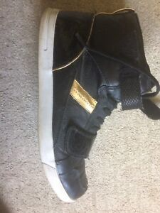 Men's Designer shoes (Stacy adams) limited edition