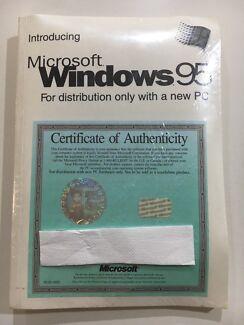 Microsoft Windows 95 Operating System - Sealed NEW