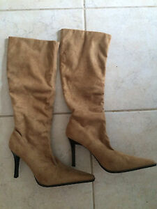 Beautiful Suede Fashion Boots