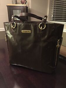 100% AUTHENTIC COACH Purse. Beautiful Dark Brown. Never Used!