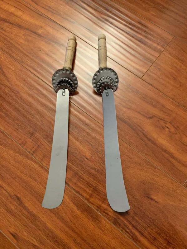 Korean Sword Dance GEOMMU GUMMU KOMMU Pair Knife 2 Set Culture Folk Traditional
