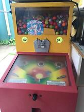 Rubber Bouching Ball Machine / Vending Machine Strathpine Pine Rivers Area Preview