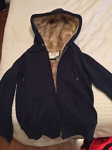 Ladies Abercrombie&Fitch fur-lined sweater