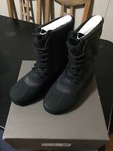 YeezY boost 950 Mens US 7/8/8.5 Dead Stock with Full Authentic Ultimo Inner Sydney Preview