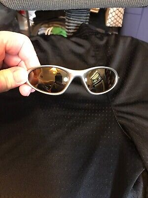 Authentic Vintage Gold Oakley Minute Sunglasses Broken For Parts (Oakley Shades For Women)