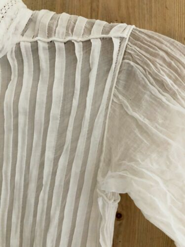 Antique French VICTORIAN cotton veil young girl DRESS flat pleats c1900