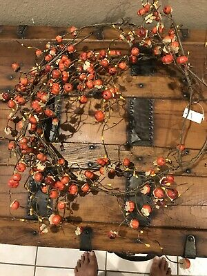 Fantastic Craft (like Katherine's Collection) Halloween Mini Pumpkin Garland