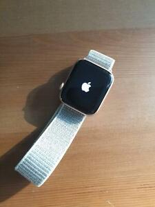 Apple Watch Series 4 44mm Gold Aluminium Woy Woy Gosford Area Preview