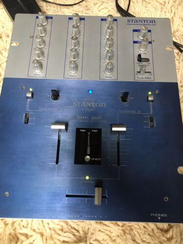 Table de mixage stanton sk2f mixer