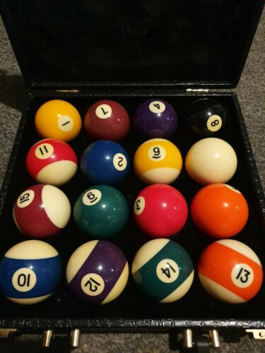 Aramith 9 Ball Set in case (Spots And Stripes)