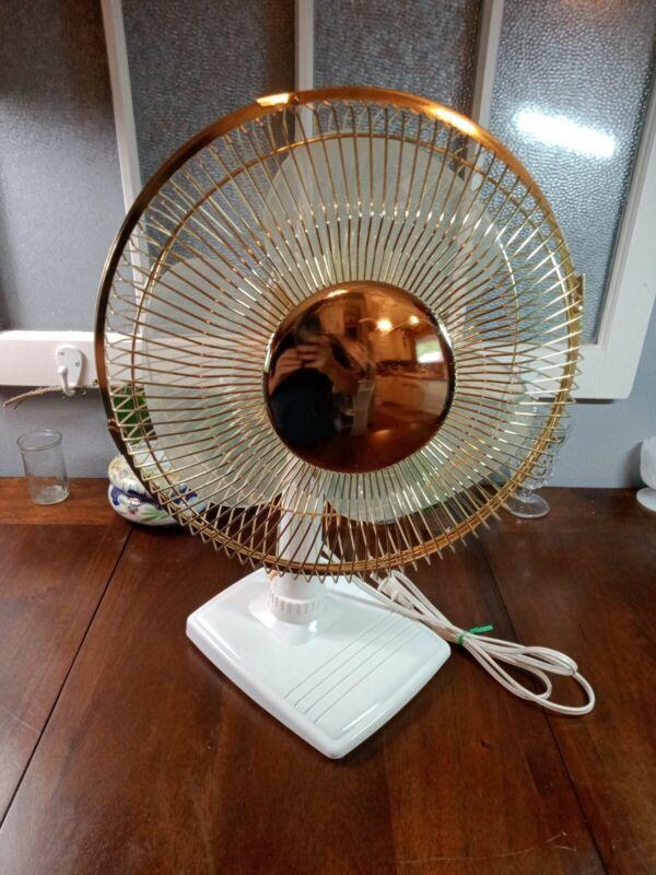 """Tozaj SD-1229 3 Speed Oscillating Deluxe Desktop Fan, Approx 11"""" Blade Diameter"""