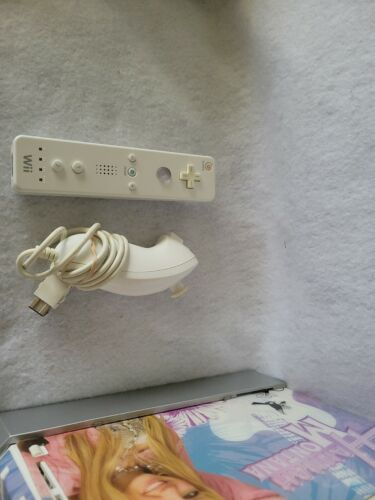 Nintendo RVL-001 Wii . Hanna Montana . Tested And Working  - $60.00