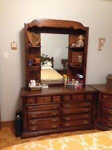 Solid pine wood kids vintage bedroom set