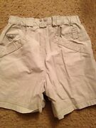 Columbia Men Shorts Small