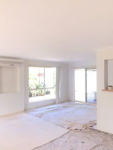 Painter on hand for free quote /advisr Carrara Gold Coast City Preview
