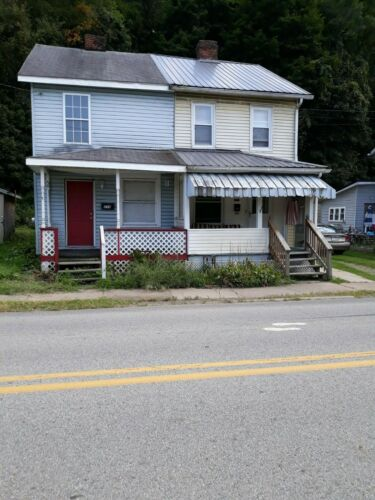 Convenient Pennsylvania 2 BR Home. FREE AND CLEAR! Investment/Starter Home