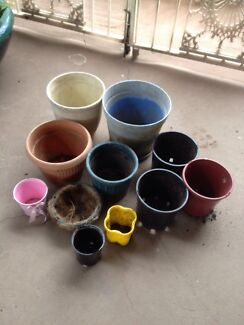 Assorted pots for $10. St Clair Penrith Area Preview