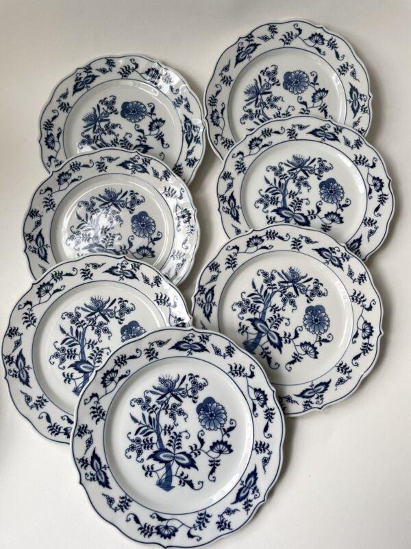 "7 Blue Danube Onion Salade  PLATES  9"""