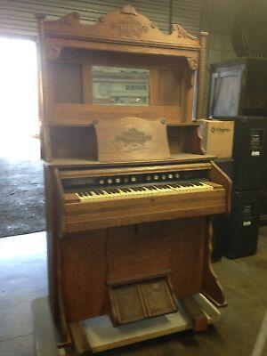 Antique / Vintage Staunton Pump Organ w/Pressed Wood Carvings