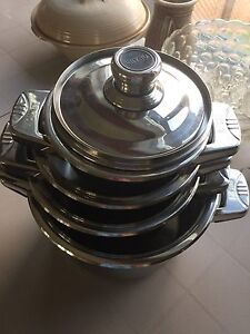 Set of stainless steel cookware - never used