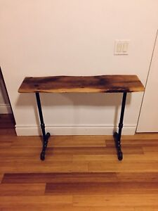 HALL WAY CONSOLE TABLE VINTAGE RECLAIMED BARN BOARD WOOD & PIPE