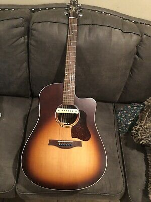Seagull Entourage Rustic  Acoustic Guitar With 2 Active Pickups