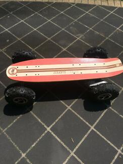 Fiik Street surfer electric skateboard