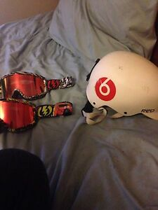 Selling helmet and goggles