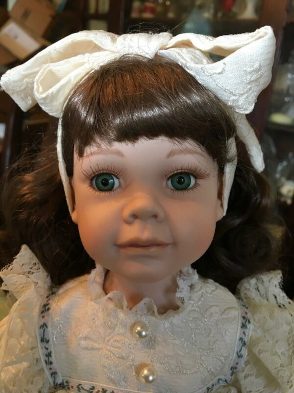 "16"" RESIN ""REBECCA"" NUMBERED DOLL ©TBC 2000 SWEET GREEN EYED BRUNETTE"