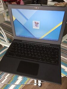 Chromebook Mario Pony 6101 like new