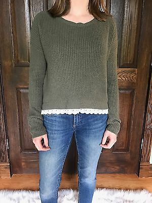 Urban Outfitters Kimchi Blue Womans Sz S Light Sweater Green