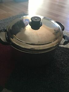Large cooking pot Holden Hill Tea Tree Gully Area Preview