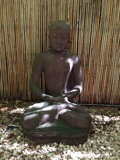 USED concrete garden statue Redcliffe Redcliffe Area Preview